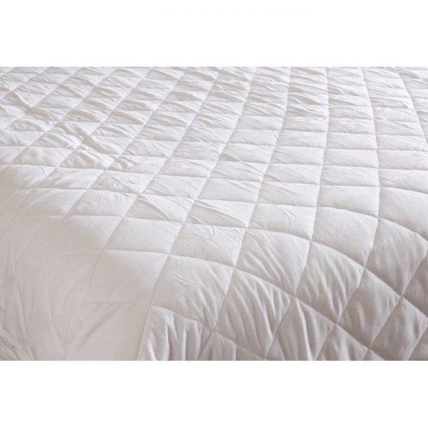 King Small Pocket Comforter
